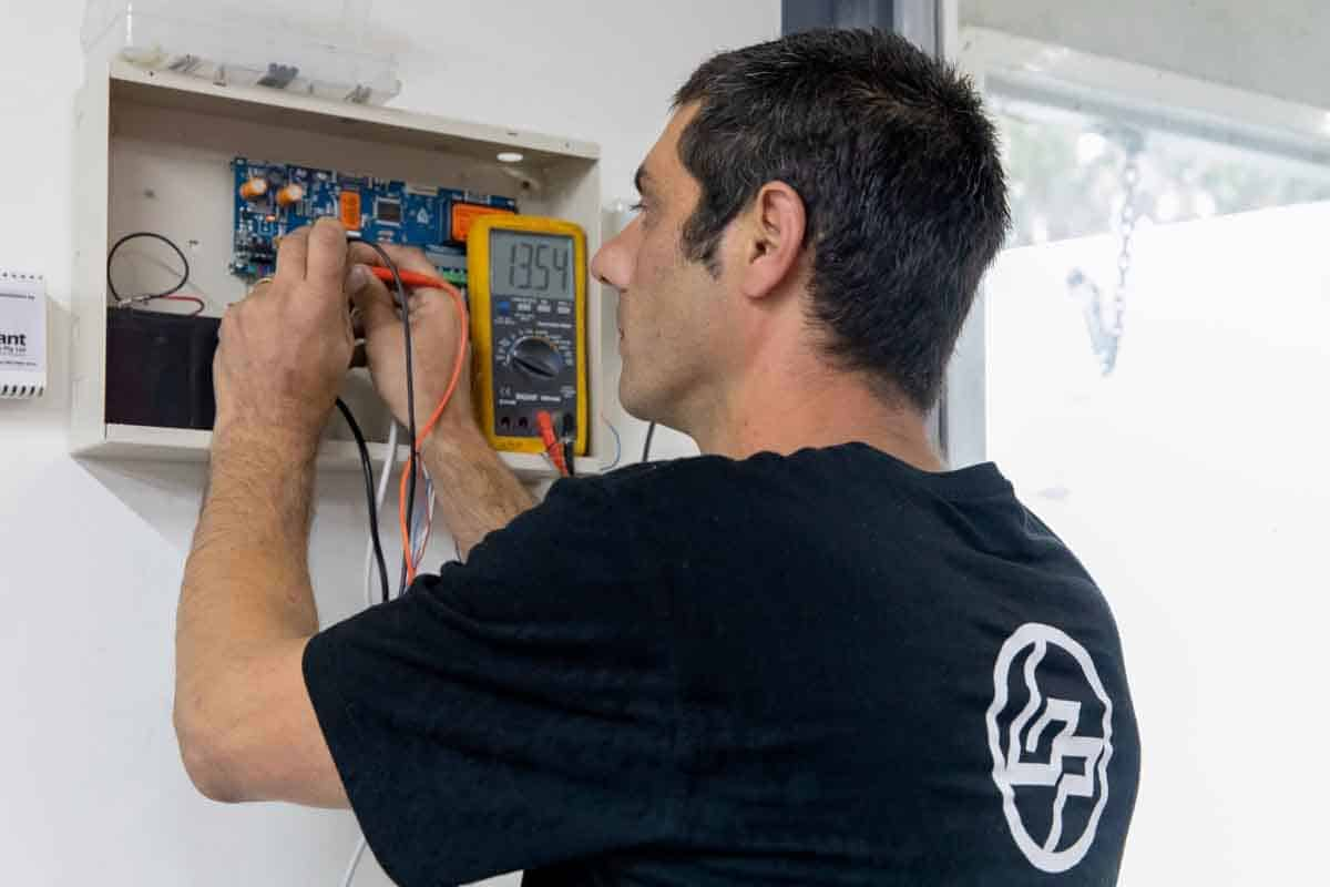 bpoint technician programming commercial alarm system